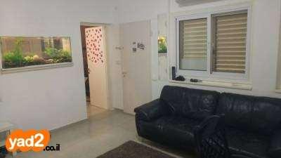דירת גן, 3 חדרים, אוסישקין, פתח ...