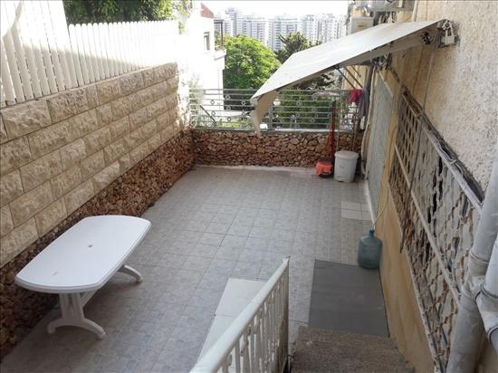 דירה להשכרה 4 חדרים בחיפה דרך הים כרמל מערבי