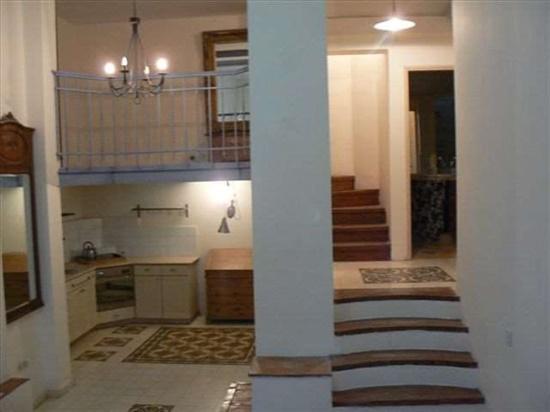 דירה להשכרה 2.5 חדרים בירושלים הירמוך נחלאות