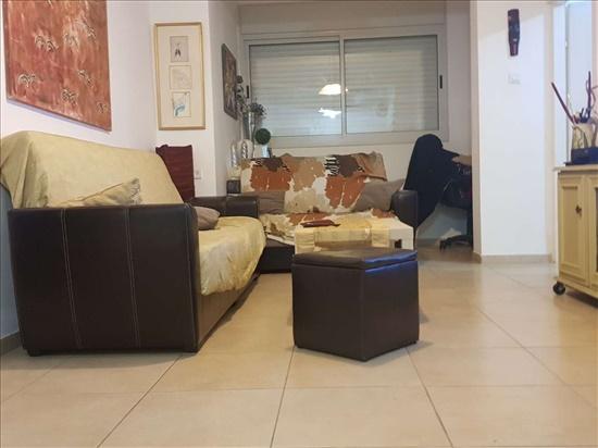 דירה להשכרה 3 חדרים ברמת גן הרצל 6
