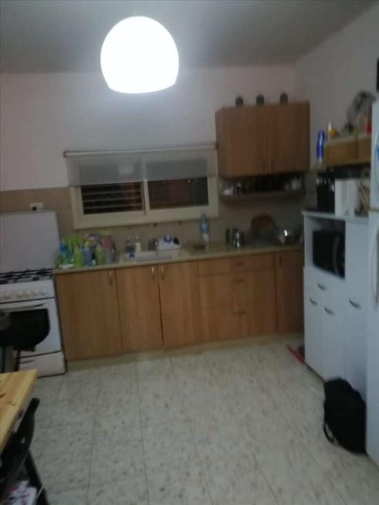 דירה להשכרה 3 חדרים בחדיד האירוס