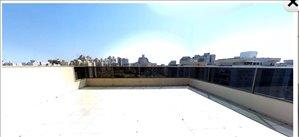 פנטהאוז להשכרה 5 חדרים בנתניה ליבר זאב
