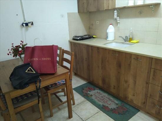 יחידת דיור להשכרה 2.5 חדרים בכפר סבא נחום בנה-ביתך