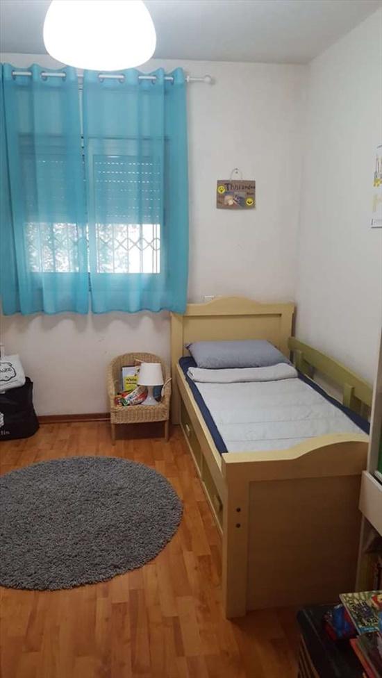 דירה להשכרה 4 חדרים בחיפה נורית ורדיה