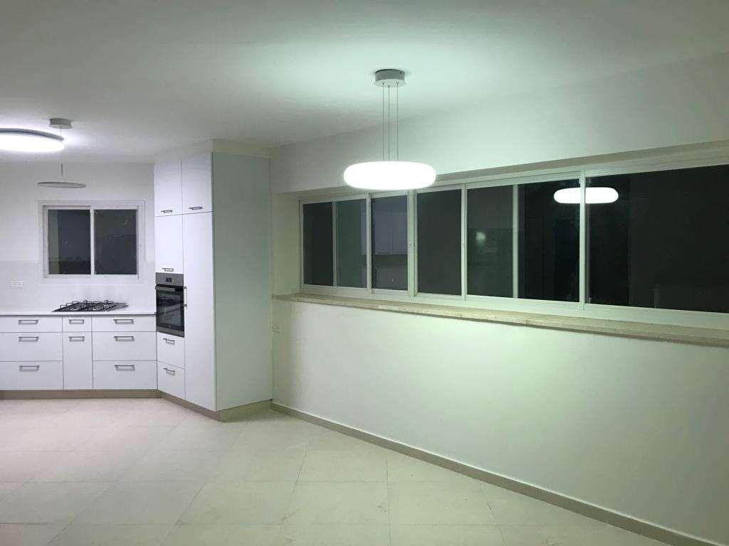 דירה, 4 חדרים, שדרות הציונות, קר...