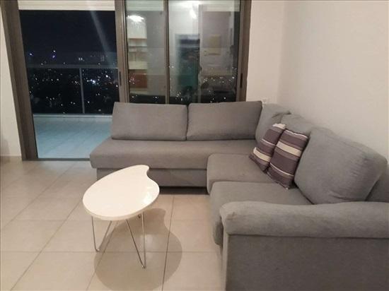 דירה להשכרה 5 חדרים בגבעת שמואל מנחם בגין הדר