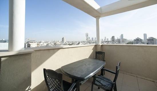 דירה להשכרה 3 חדרים בתל אביב יפו בן גוריון מרכז העיר