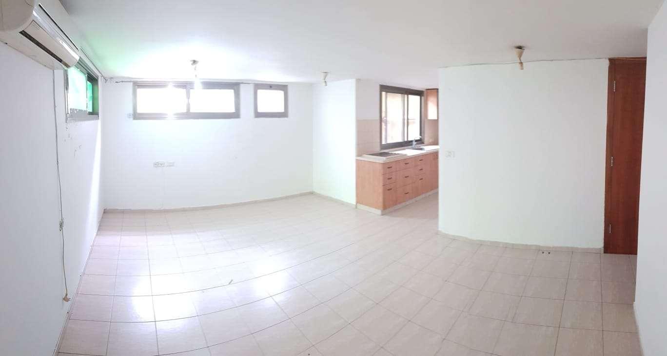 יחידת דיור, 4 חדרים, חופית, עין ...