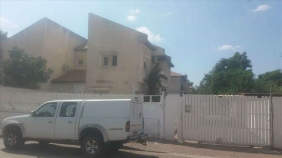 בית פרטי להשכרה 5 חדרים ברמלה חיים לנדאו 7 ב' קרית מנחם בגין אפקה הצעירה