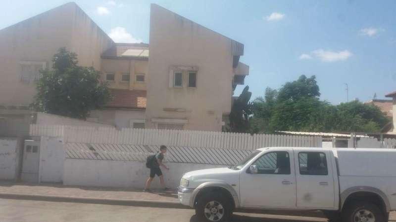 תמונה 2 ,בית פרטי 5 חדרים חיים לנדאו 7 ב' קרית מנחם בגין אפקה הצעירה רמלה