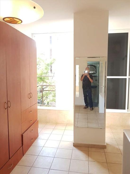דירה להשכרה 5 חדרים בכפר סבא חבצלת השרון הפרחים