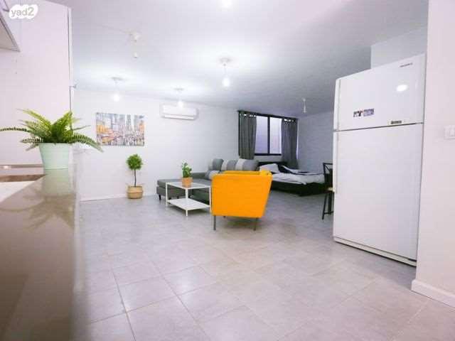 יחידת דיור, 1 חדרים, ההדס, תל מונד
