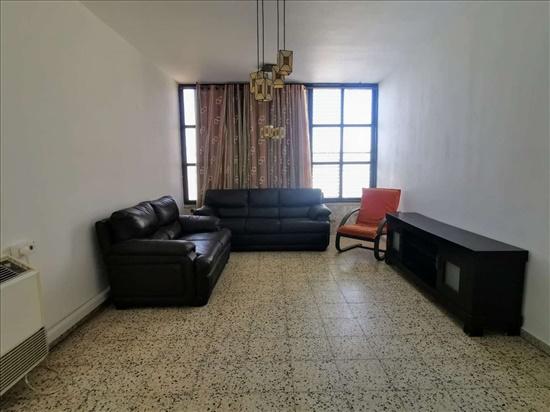 דירה להשכרה 4 חדרים בראשון לציון השומר נווה הדרים