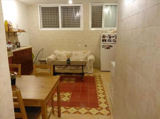 יחידת דיור להשכרה 2 חדרים בקרית אונו הרצל