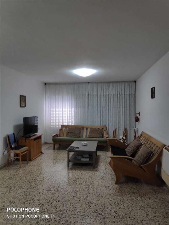 דירה להשכרה 4 חדרים בנתניה הגליל מרכז