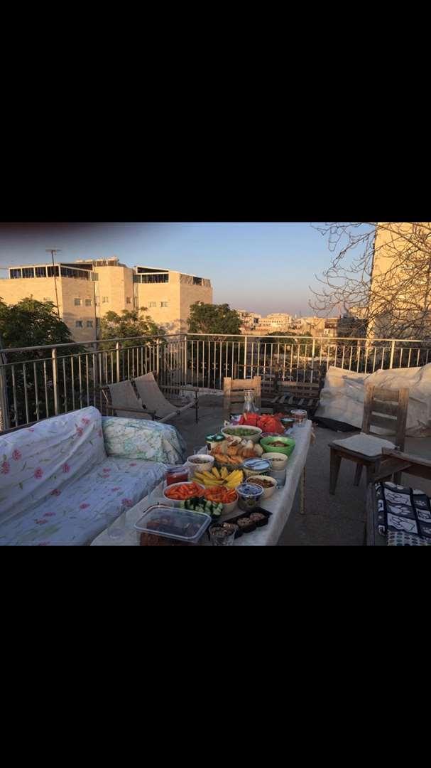 דירת גג להשכרה 3 חדרים בירושלים סוכת שלום נחלאות