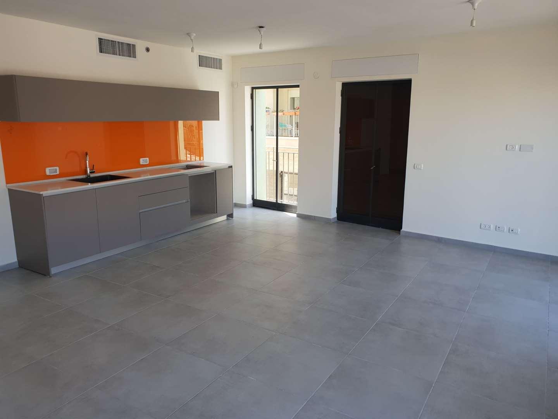 דירה, 3 חדרים, עמיעד, תל אביב יפו