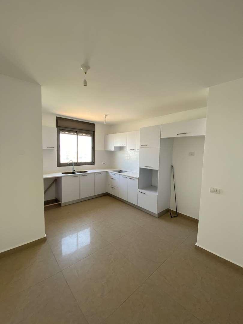 דירה, 5 חדרים, מוטה גור, גבעת שמ...
