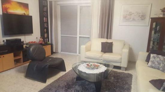 דירה להשכרה 4 חדרים בחיפה ורדיה שכונת ורדיה