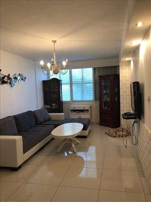 דירה להשכרה 1 חדרים בהרצליה רביבים
