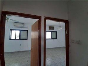 דירה להשכרה 4 חדרים ברמת גן טרומן