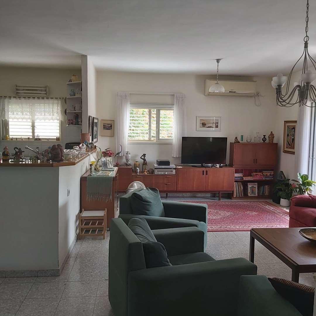 דירה, 4 חדרים, הל''ה, רעננה