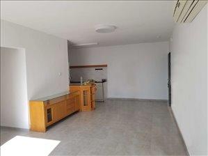 דירה, 4 חדרים, השקדים, קרית ביאליק