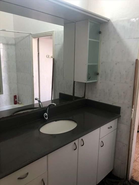 דירה להשכרה 4 חדרים בראשון לציון סוקולוב גן נחום