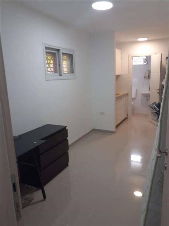 דירת סטודיו להשכרה 1 חדרים בהרצליה הבשן