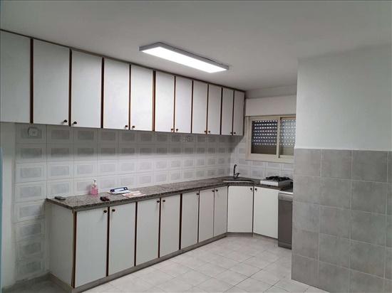 דירה להשכרה 3 חדרים בקרית ביאליק אשר סביניה