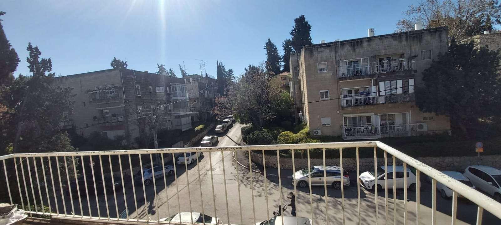 דירה להשכרה 3.5 חדרים בירושלים ביאליק בית הכרם