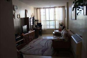דירה להשכרה 2.5 חדרים בבת ים יחזקאל דנין