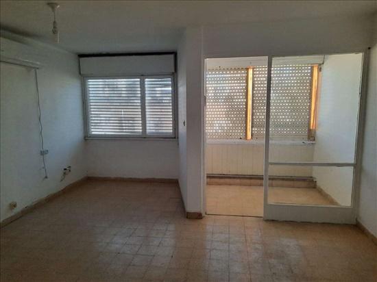 דירה להשכרה 2.5 חדרים בחיפה הפררתיזנים קריית עליאזר