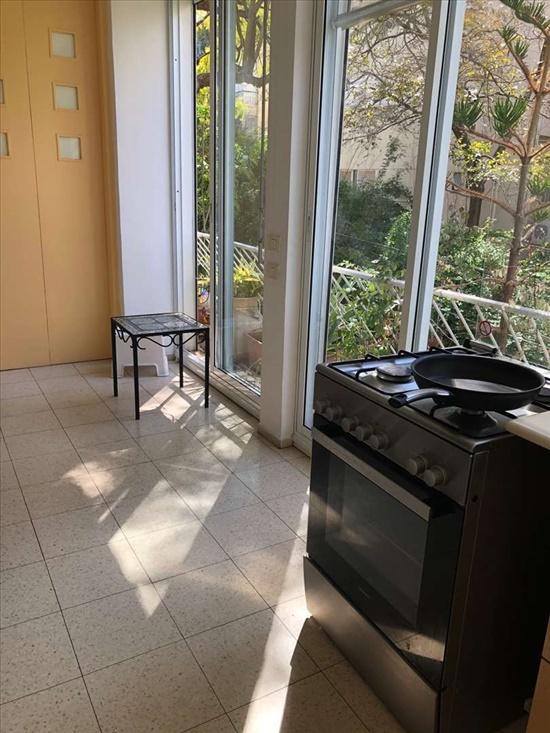 דירה להשכרה 4 חדרים בתל אביב יפו דה האז  כיכר מילאנו