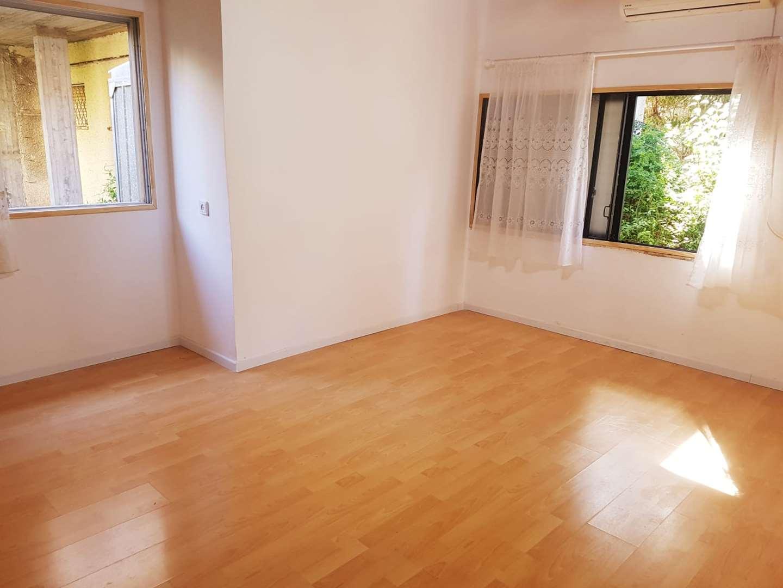 בית פרטי להשכרה 2 חדרים בכרמל זבוטינסקי