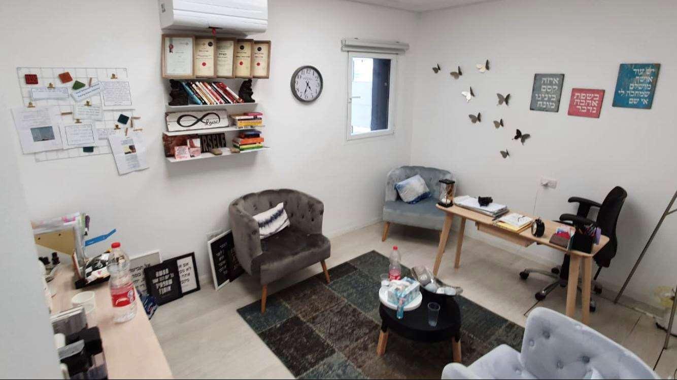 דירה להשכרה 3 חדרים בתל אביב יפו משמר הירדן שיכון דן