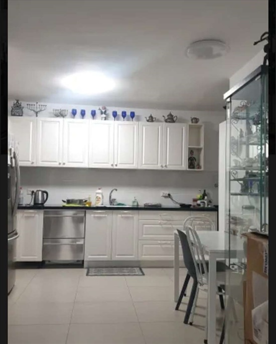 דירה להשכרה 4 חדרים ברמת השרון אליהו גולומב הדר
