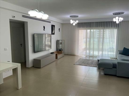 דירה להשכרה 4 חדרים ברחובות פרופ׳ הרשקו אברהם מגדלי המדע