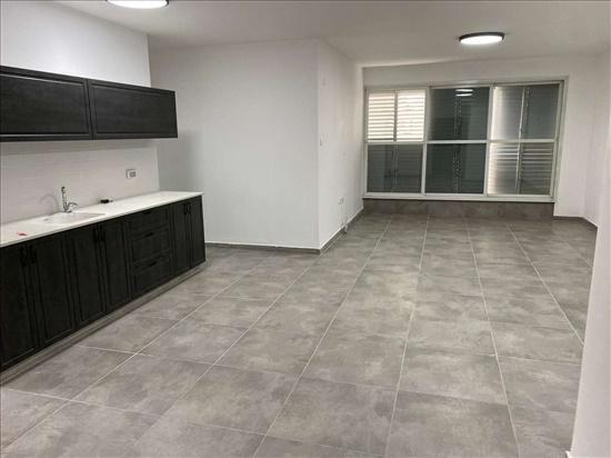 דירה להשכרה 4 חדרים ברמת גן ביאליק 77 מרכז