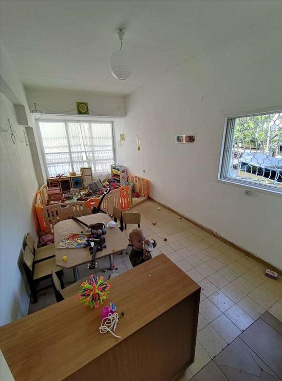 דירה להשכרה 3 חדרים ברמת גן שדרות הילד 19 ביאליק