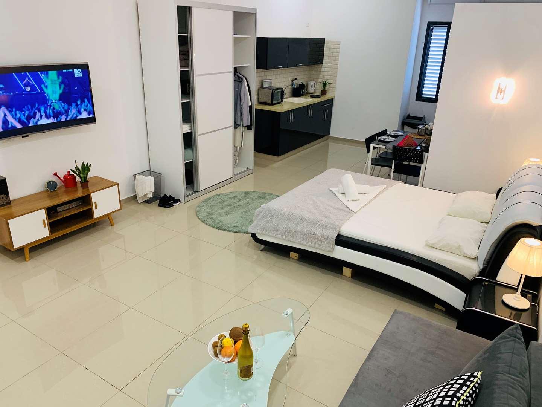 דירה להשכרה 1 חדרים בבת ים אהוד קינמון