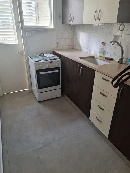 דירה להשכרה 2 חדרים בבת ים דניאל רמת הנשיא