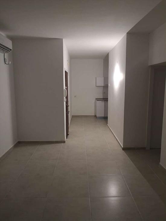 דירה להשכרה 4 חדרים בחולון הרב עוזיאל רסקו א'