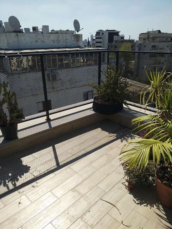 דירת גג להשכרה 3 חדרים בתל אביב נוה שאנן נוהמשאנן