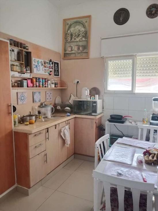 דירה להשכרה 3.5 חדרים בחיפה ארלוזורוב הדר עליון
