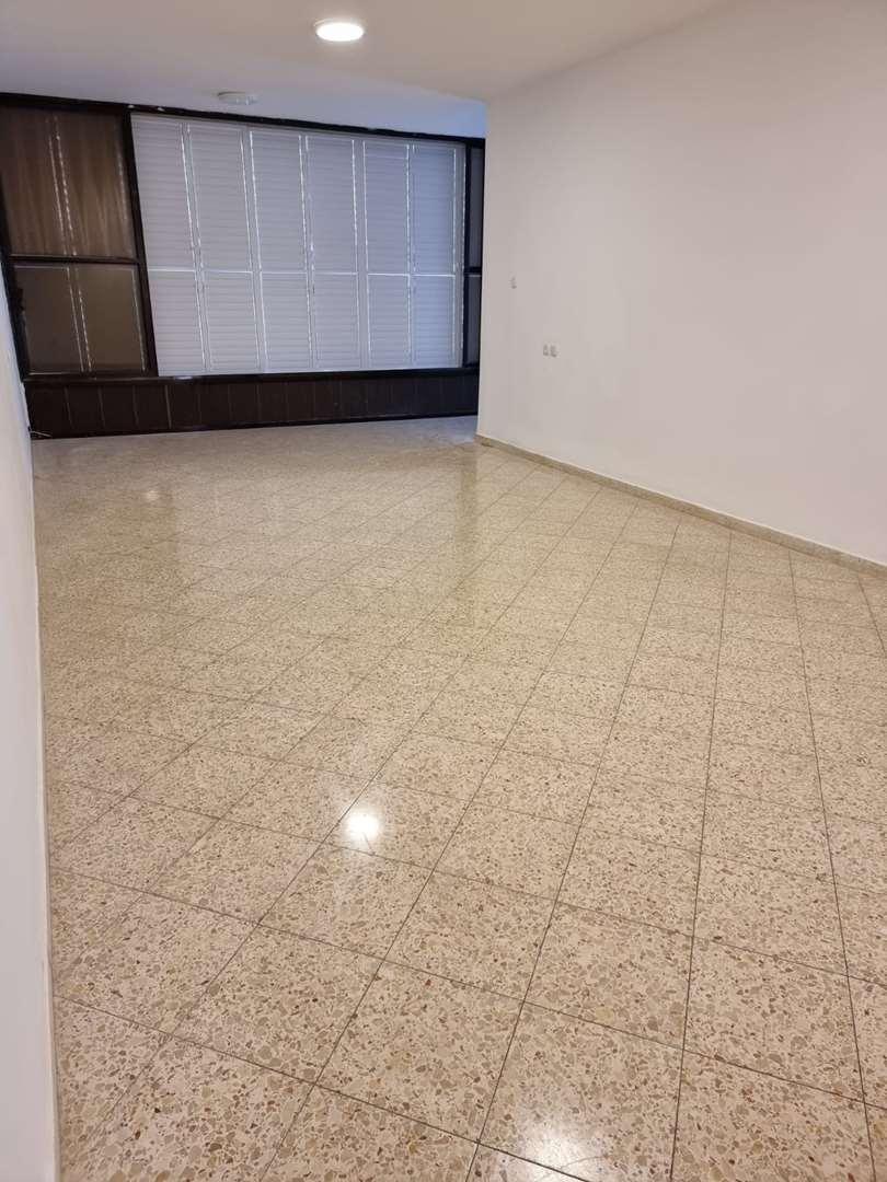דירה להשכרה 3.5 חדרים בבת ים יחזקאל דנין לב העיר