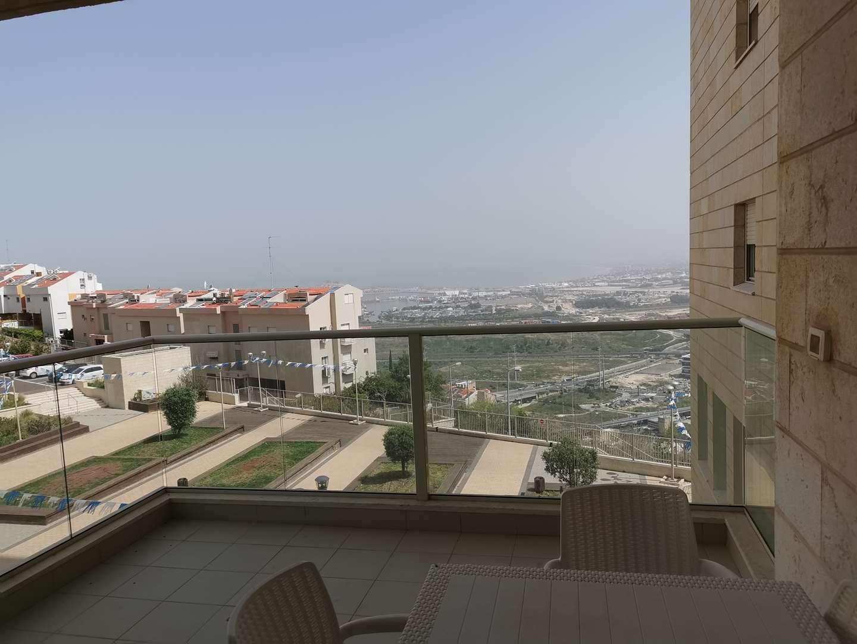 דירה להשכרה 5 חדרים בחיפה הגליל