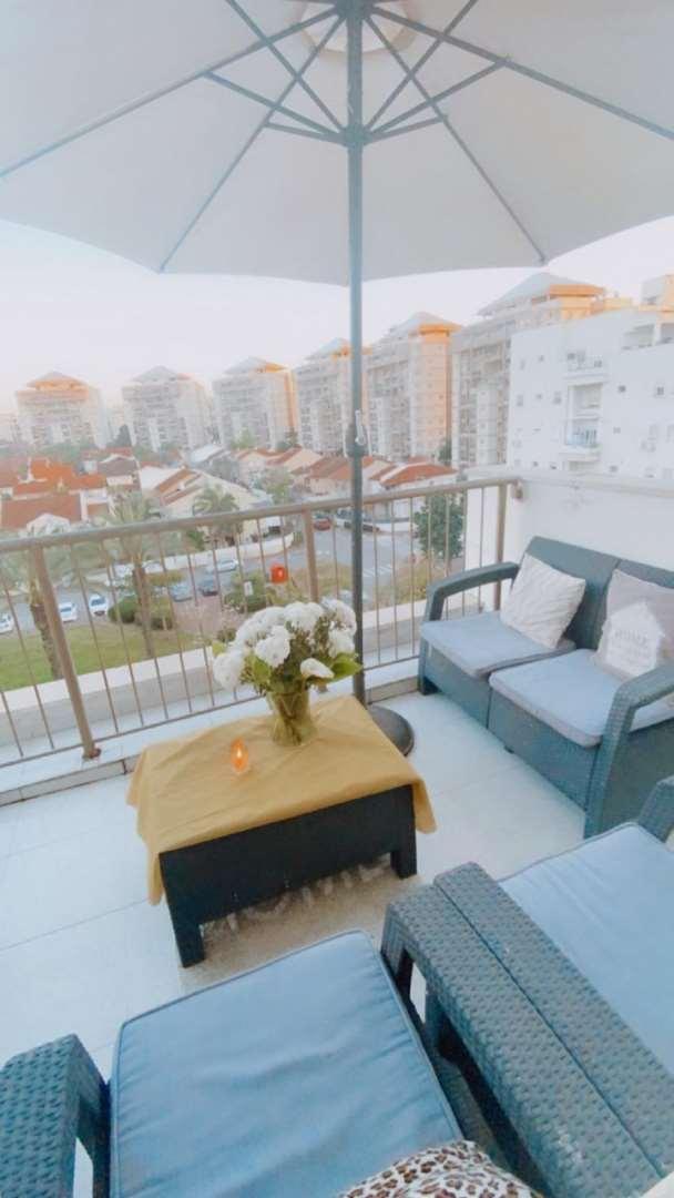 דירה להשכרה 4 חדרים ברחובות בוסתן רחובות החדשה