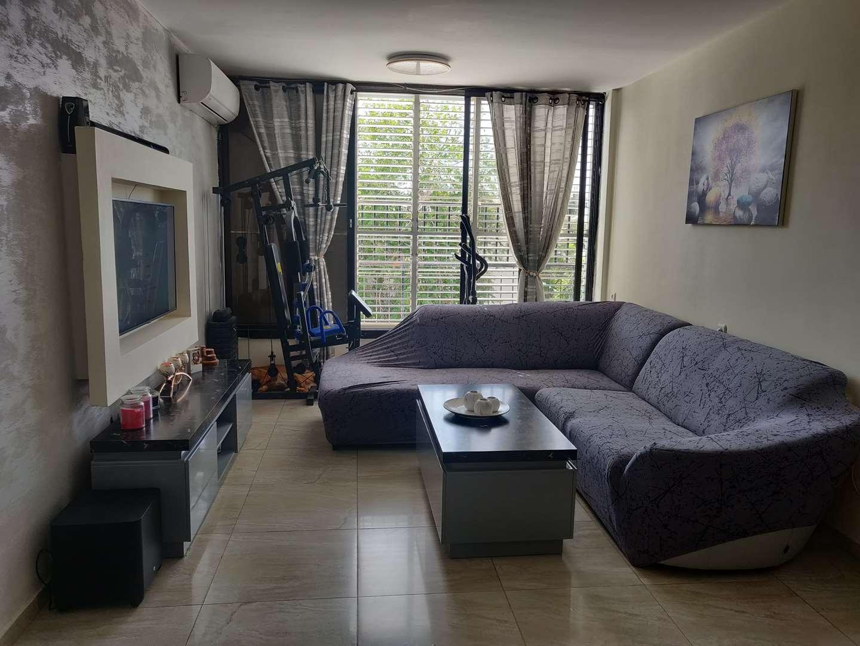 דירה להשכרה 3.5 חדרים בחולון זלמן ארן נאות רחל
