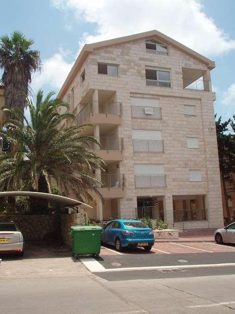 דירה להשכרה 1 חדרים בחיפה לאה